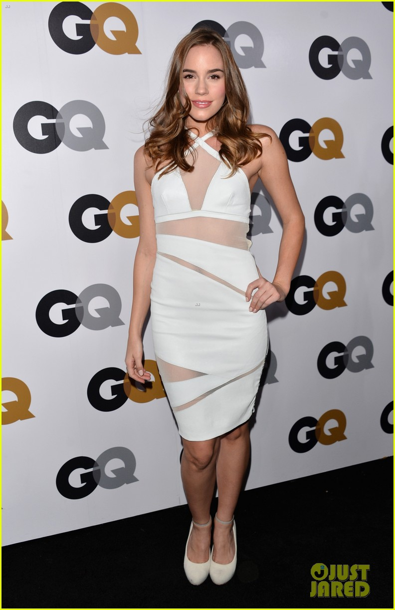 emily vancamp krysten ritter 2012 gq men of the year party 20