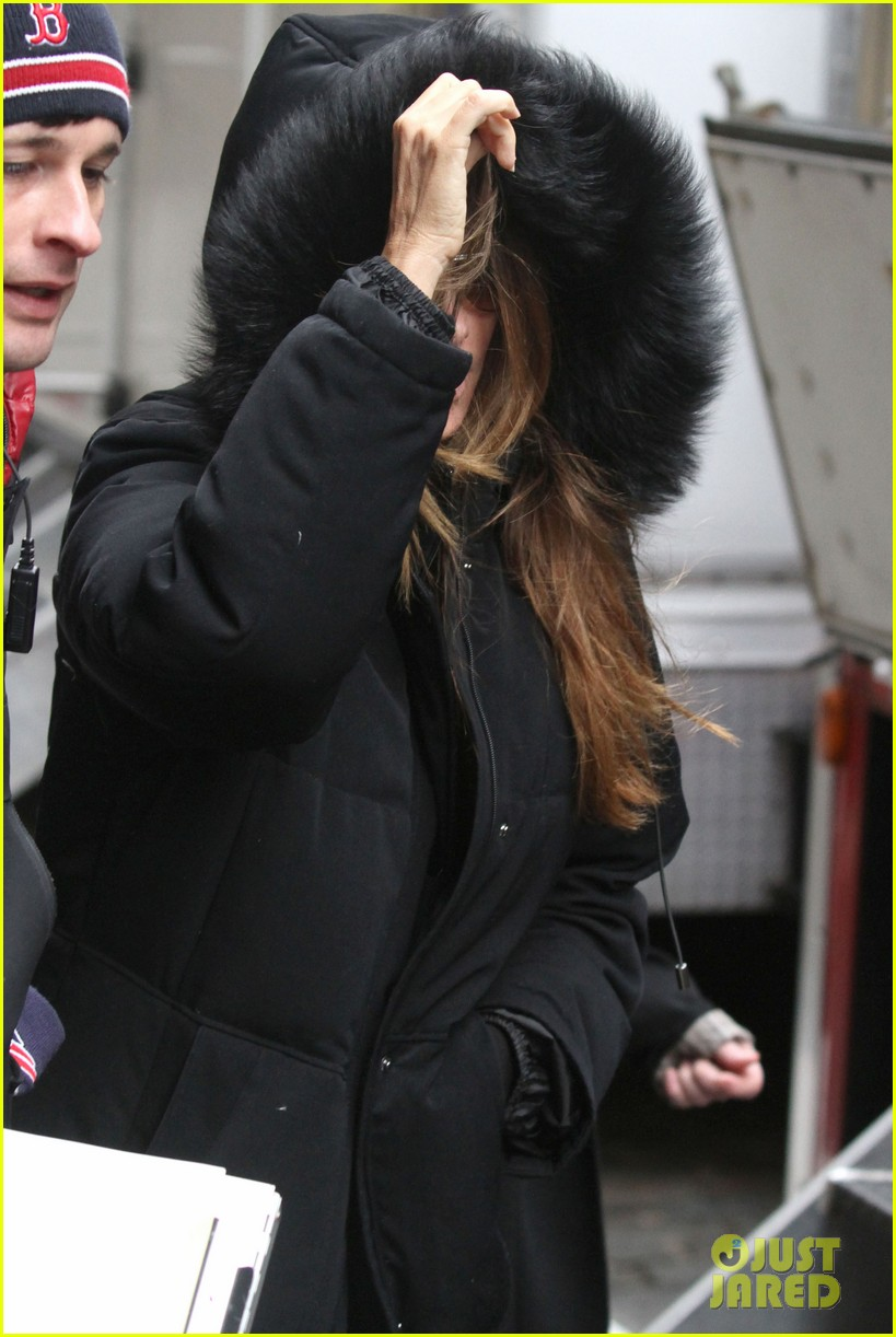sofia vergara bundles up big apple 102766459