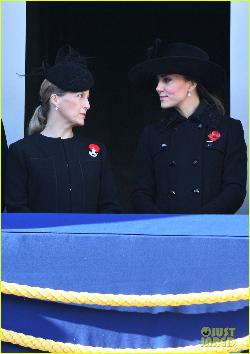 prince william duchess kate remembrance sunday observations 012755264
