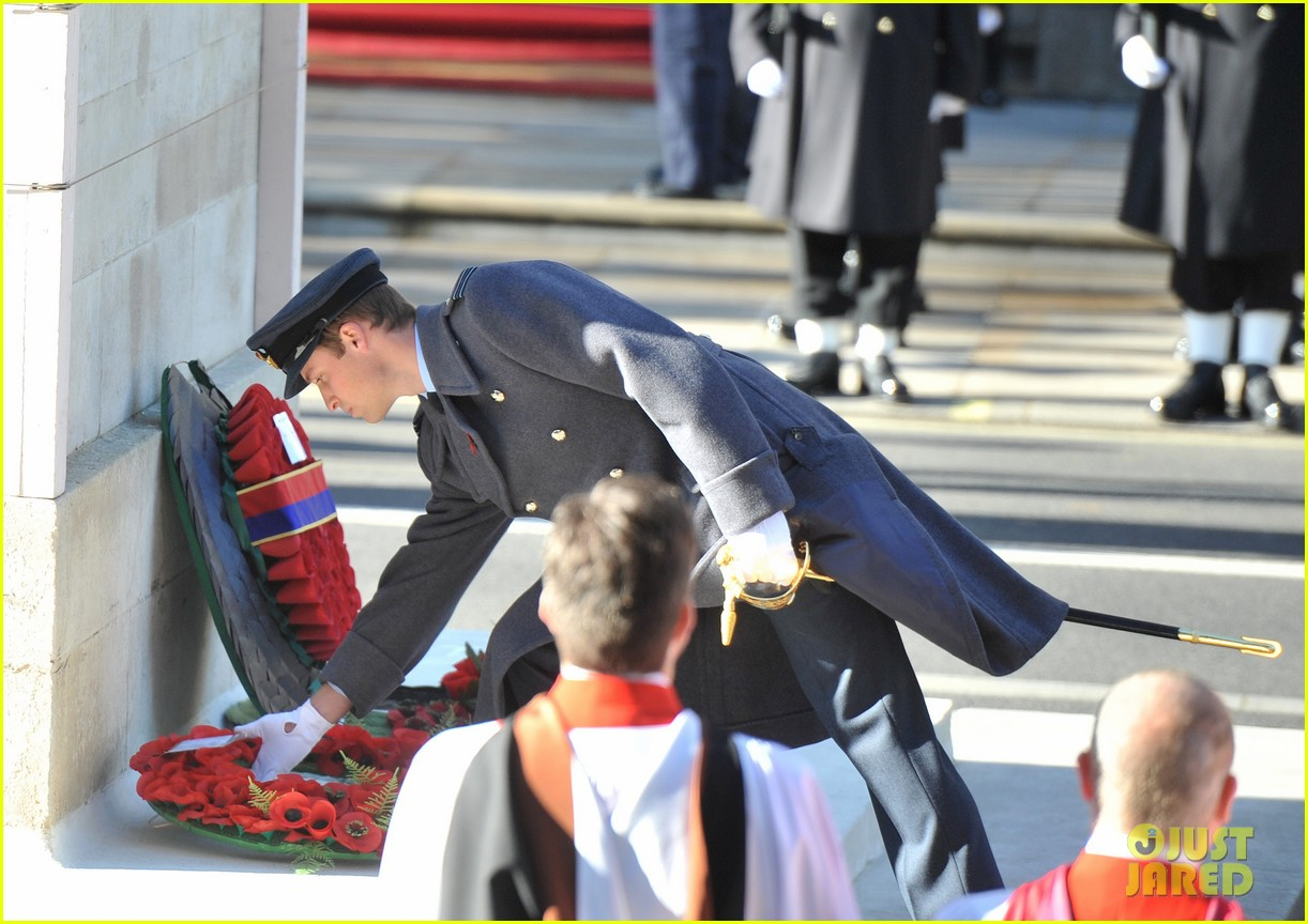 prince william duchess kate remembrance sunday observations 042755267