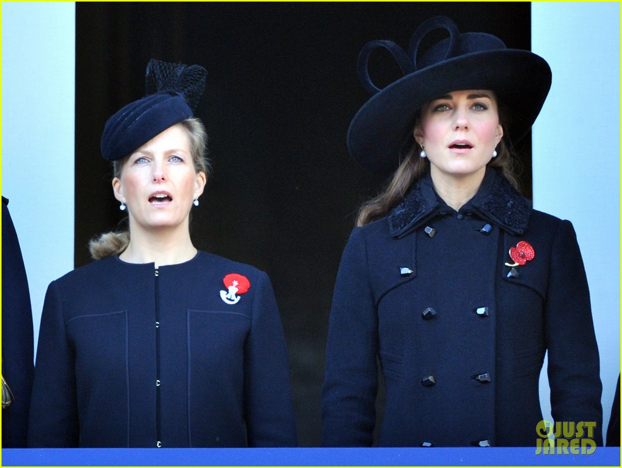 prince william duchess kate remembrance sunday observations 05