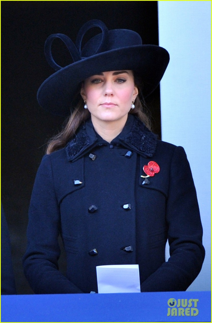 prince william duchess kate remembrance sunday observations 132755276