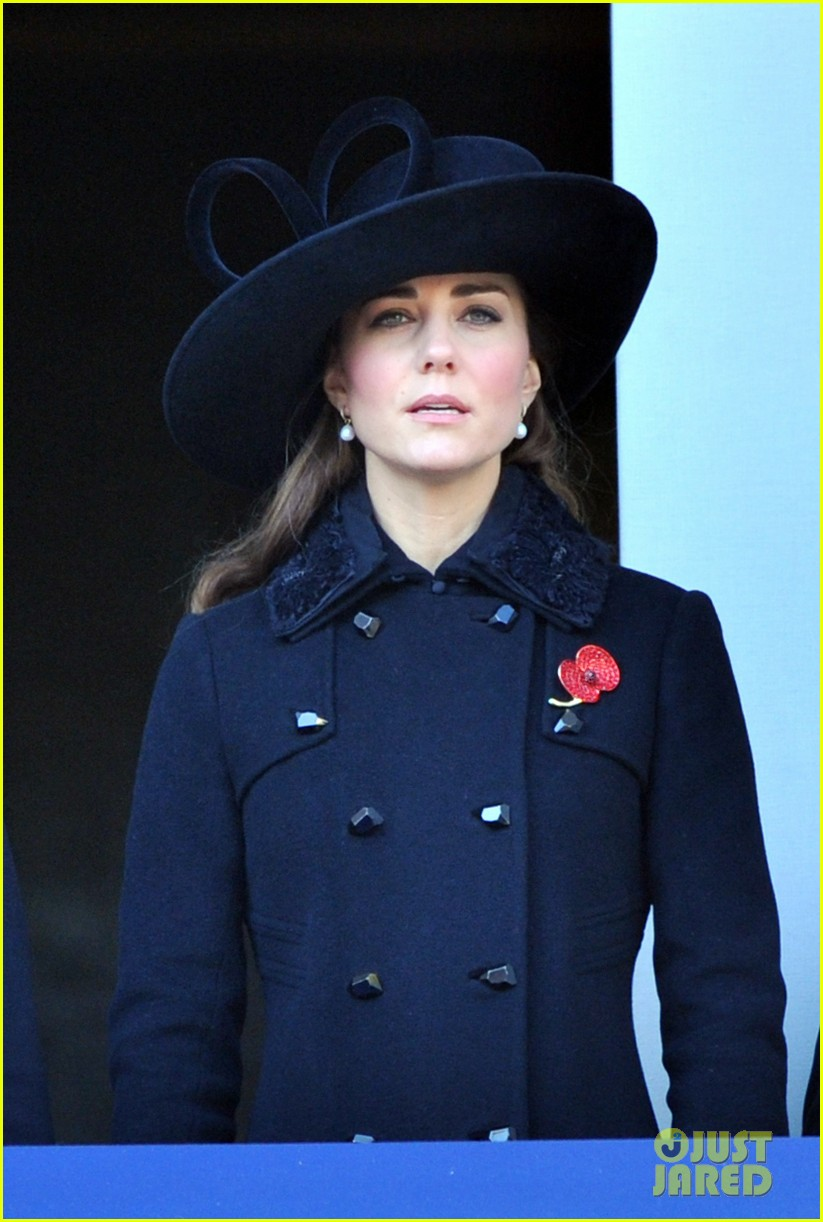 prince william duchess kate remembrance sunday observations 152755278