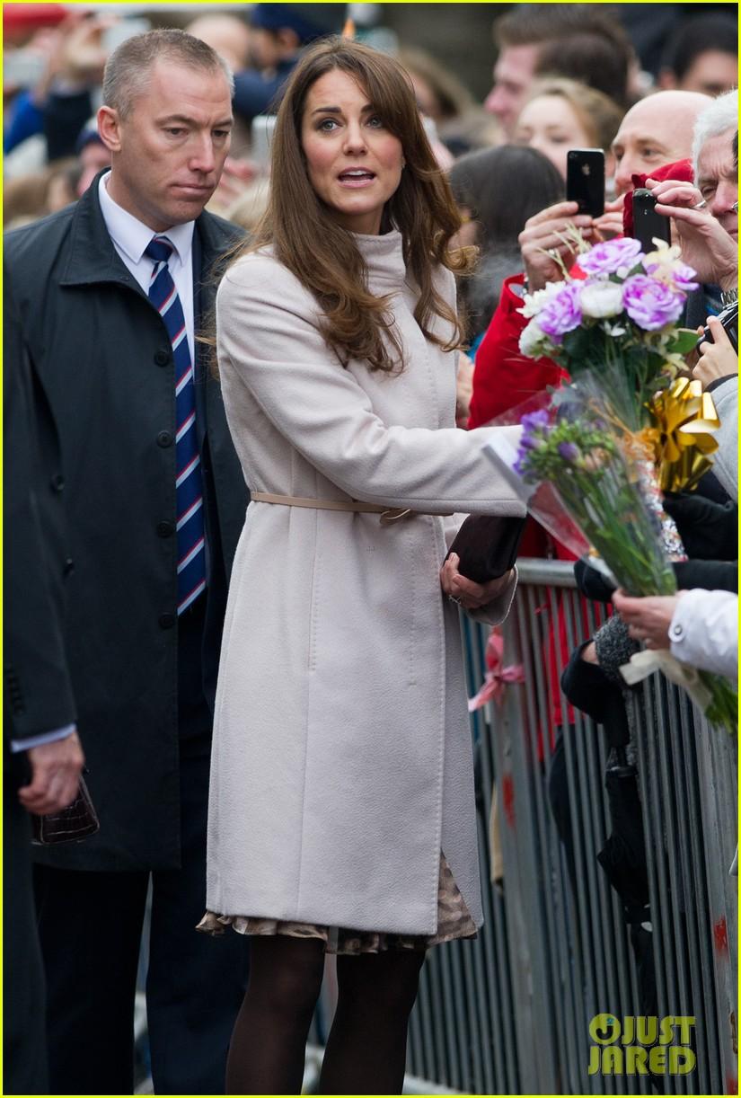 prince william duchess kate cambridge senate house visit 082765129