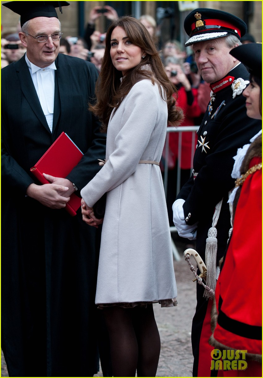 prince william duchess kate cambridge senate house visit 152765136