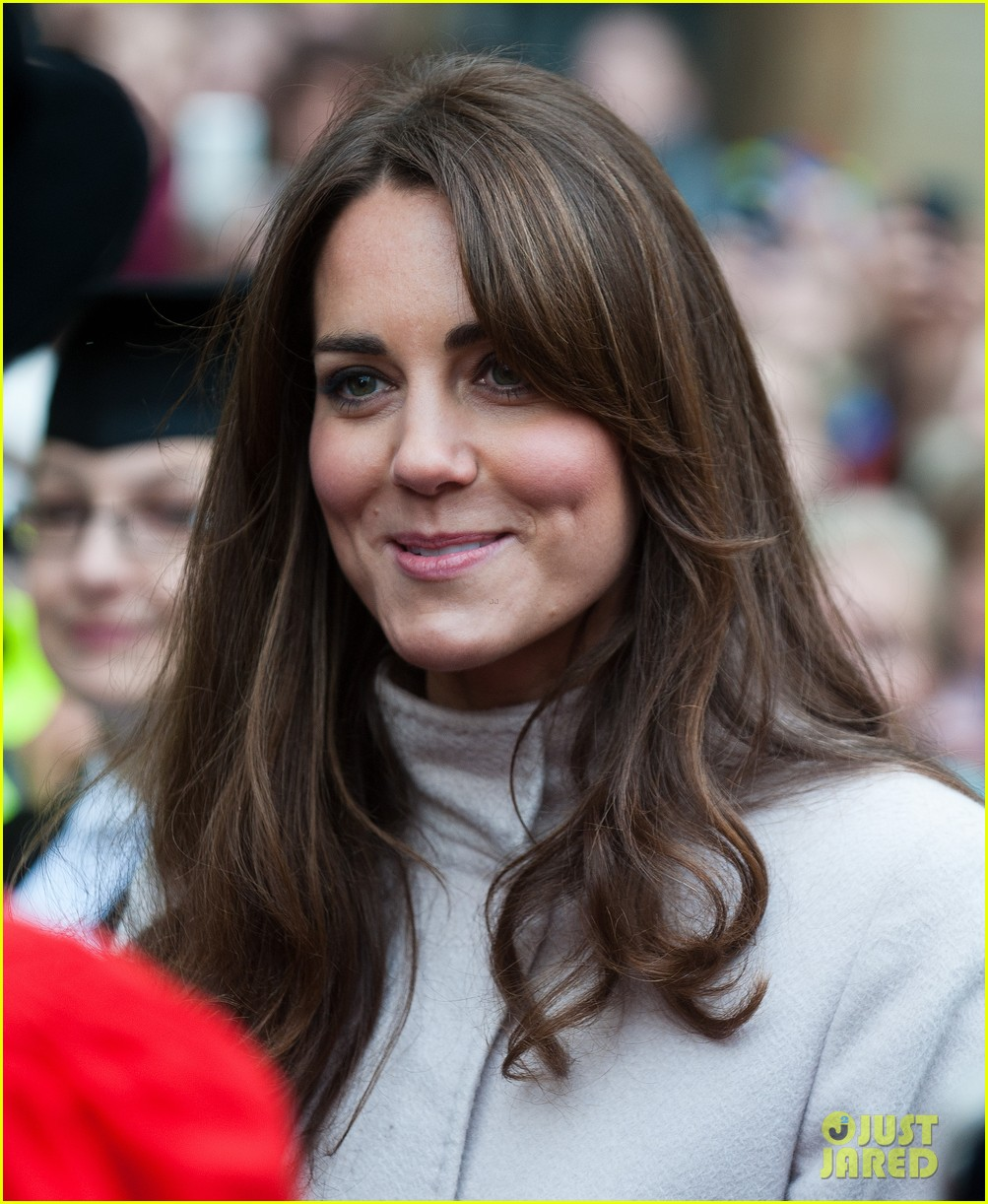 prince william duchess kate cambridge senate house visit 182765139