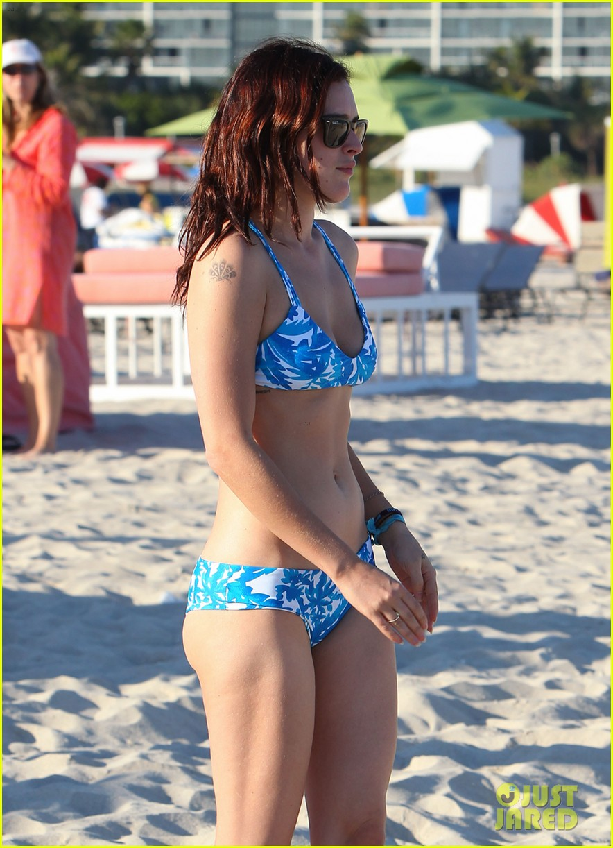 rumer willis jayson blair miami beach besos 26