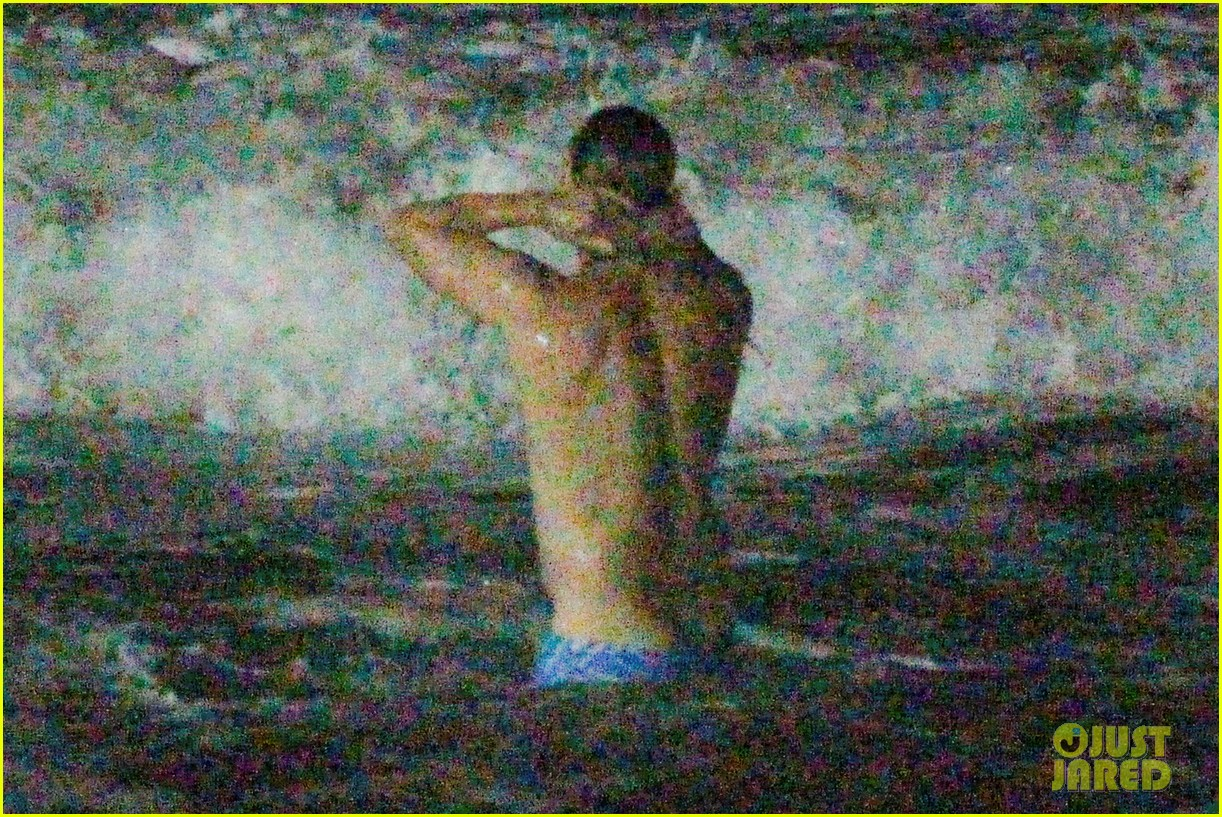owen wilson stephen dorff shirtless beach buddies 152766638