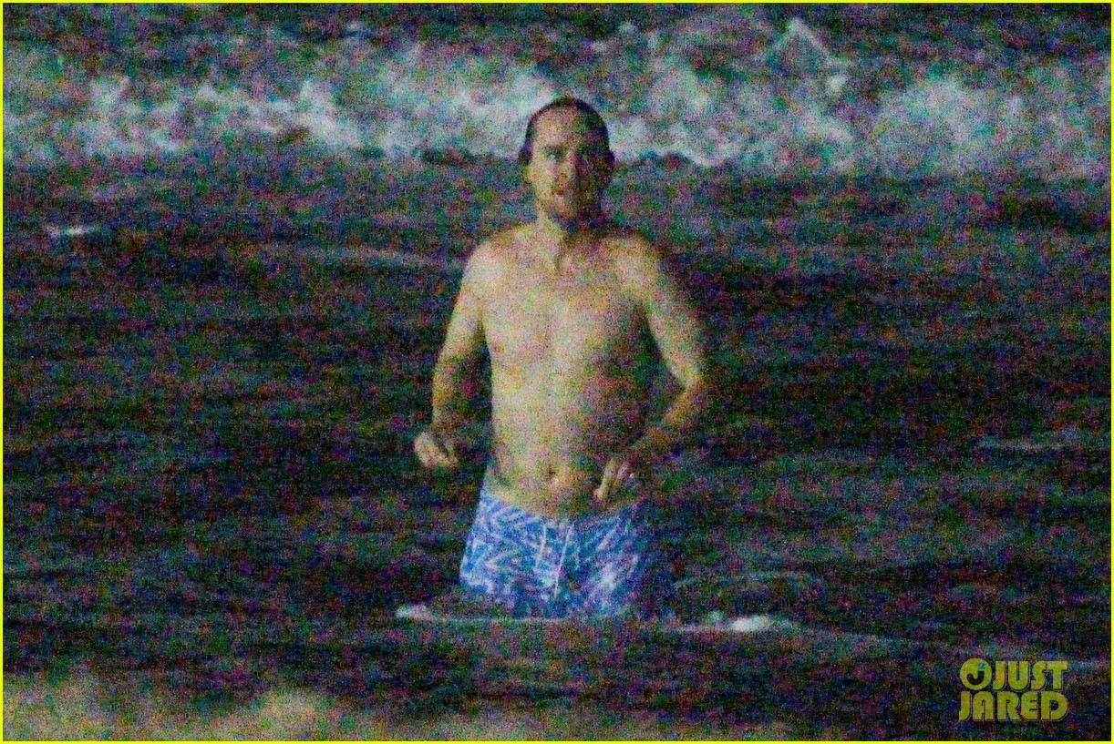 owen wilson stephen dorff shirtless beach buddies 21