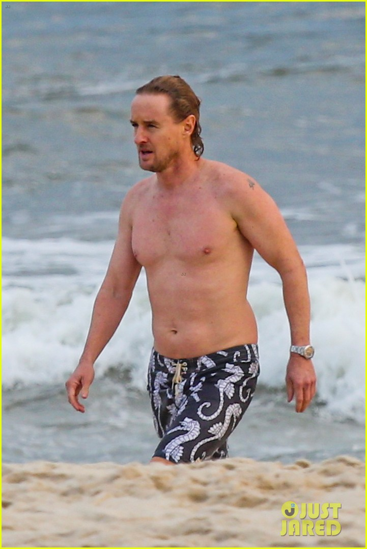 owen wilson shirtless in rio 042765581