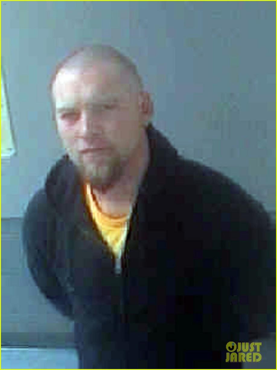 sam worthington mug shot for disorderly conduct arrest2751468