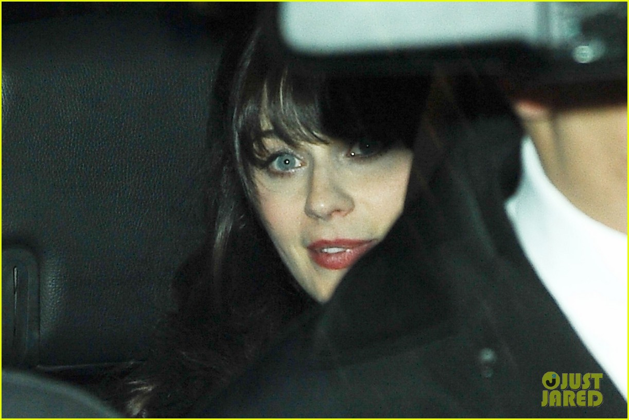 zooey deschanel talks katy perry look alike incidents on letterman 04