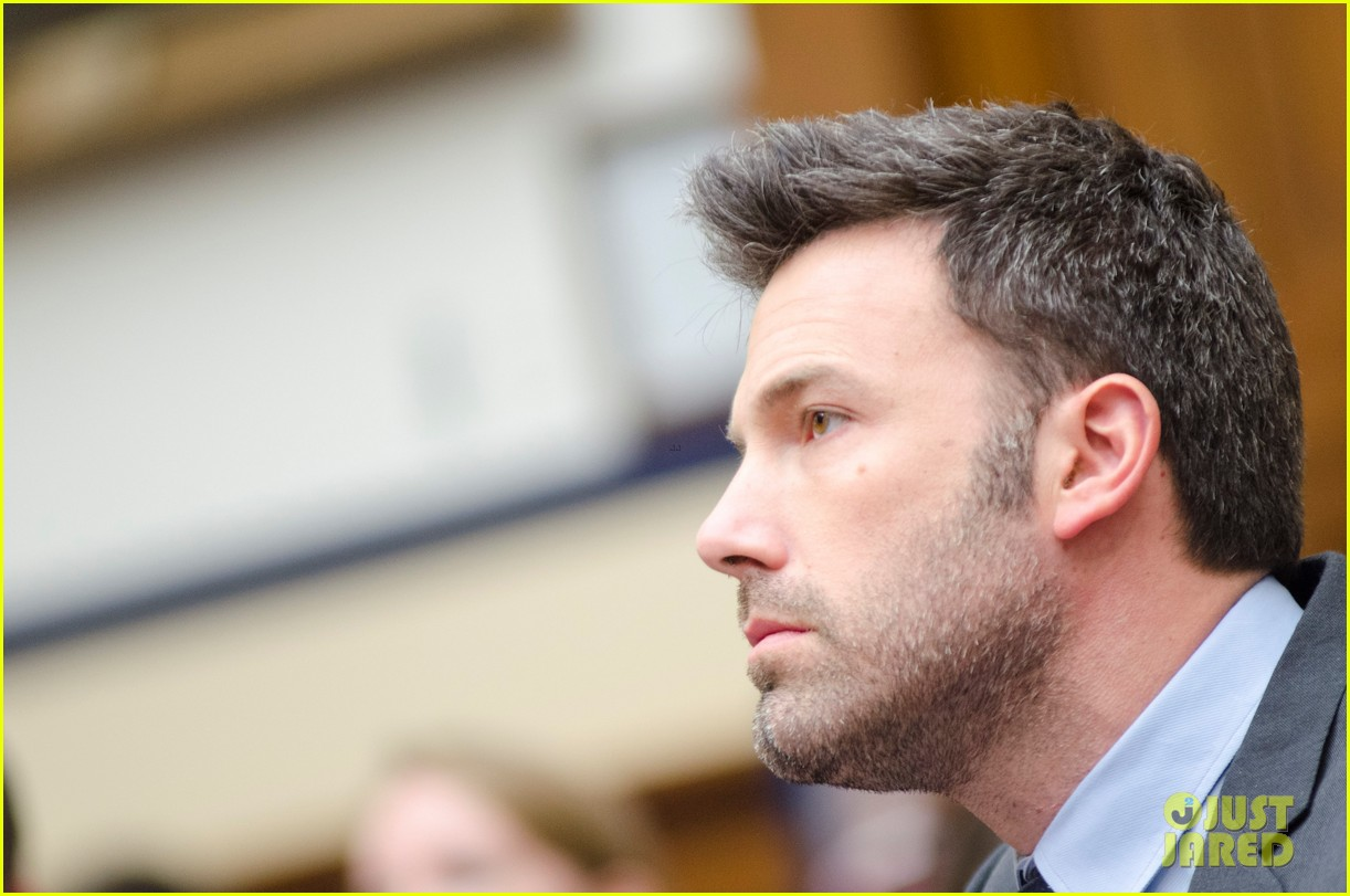 ben affleck drops out of focus with kristen stewart 14