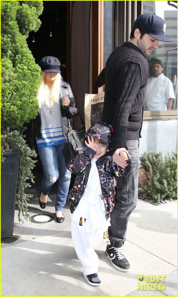 christina aguilera houstons lunch with karate boy max 13