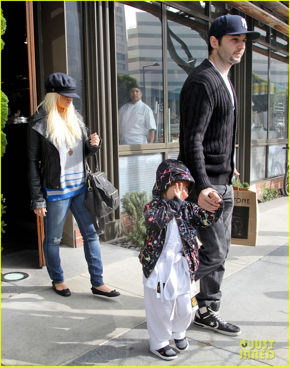 christina aguilera houstons lunch with karate boy max 162772047