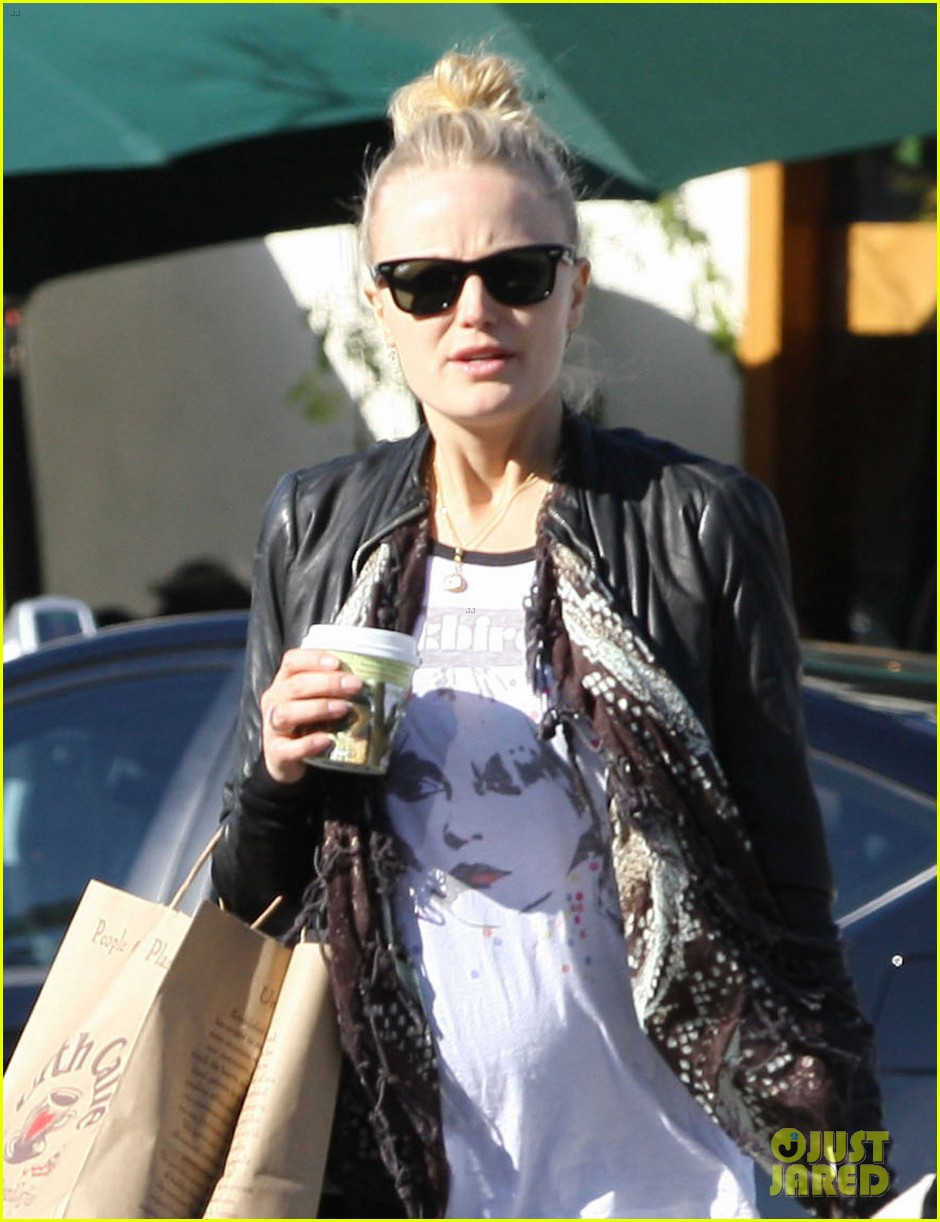 malin akerman shopping lunch 022779429