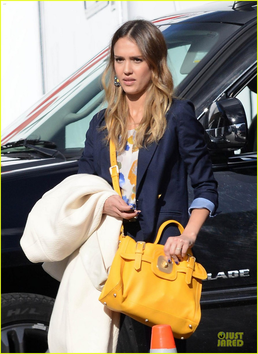 jessica alba hollywood film studio stop 02