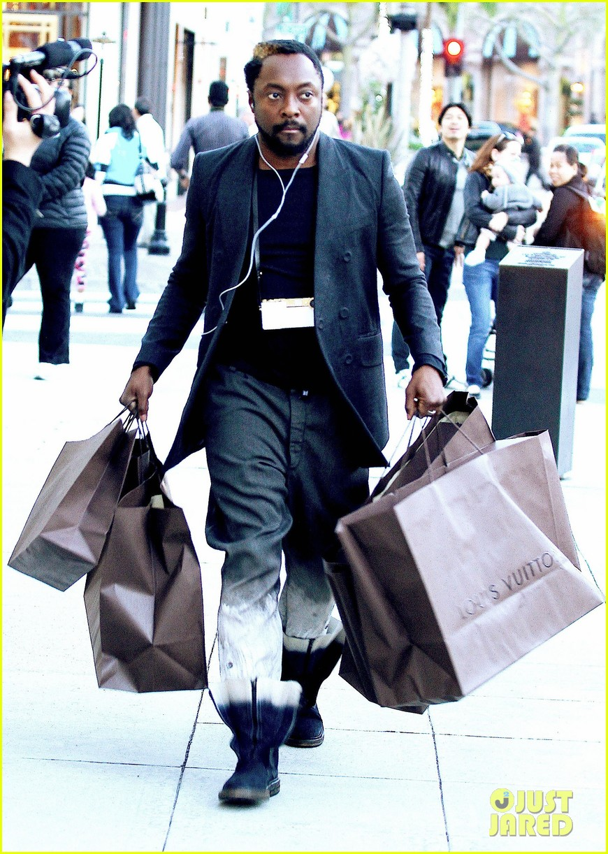 will i am louis vuitton christmas 032781015