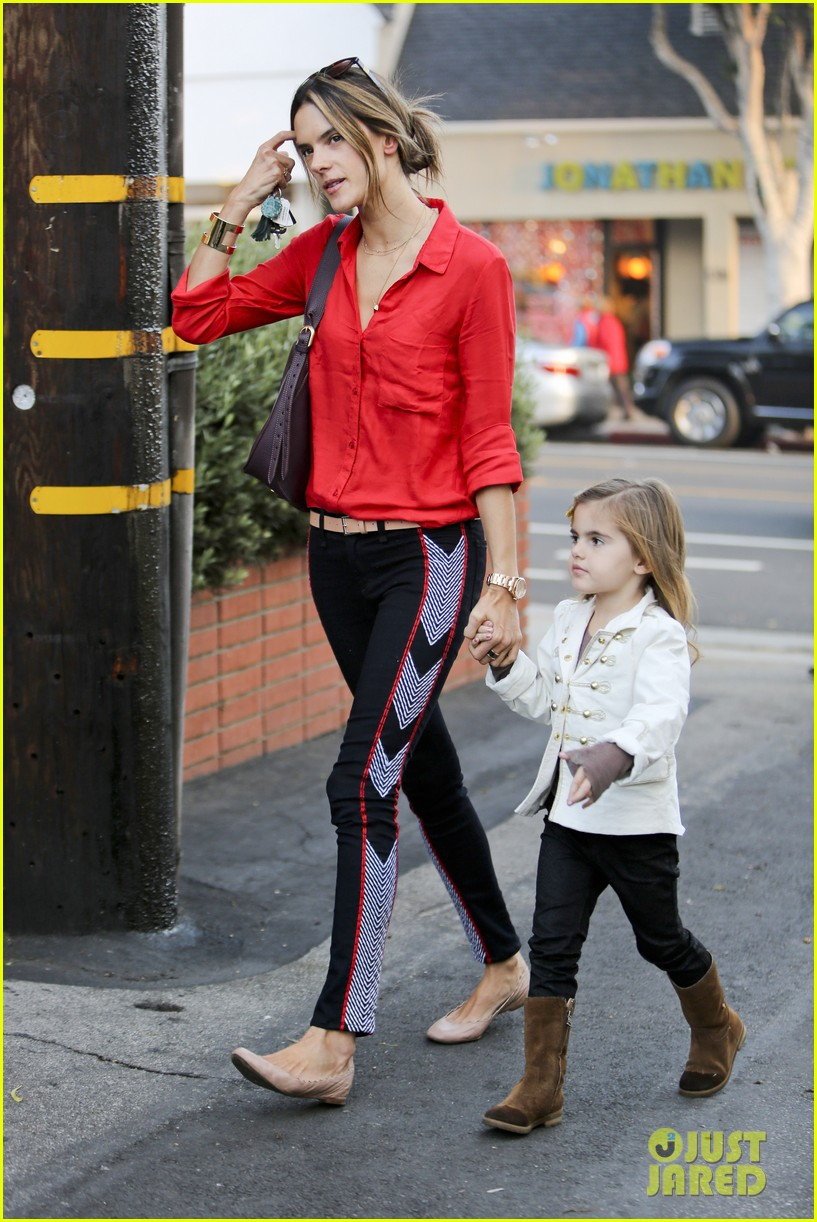 alessandra shops the day away with anja 21