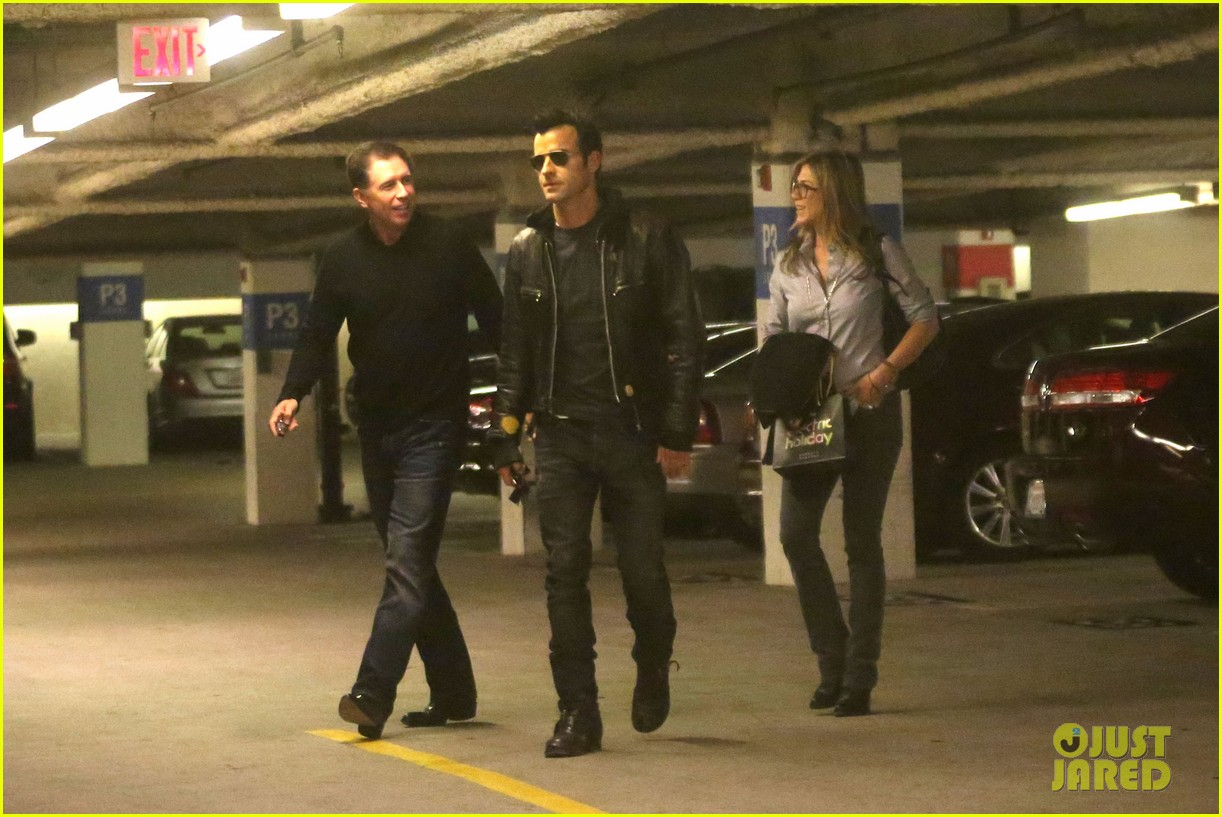 jennifer aniston justin theroux barneys new york shoppers 062772105