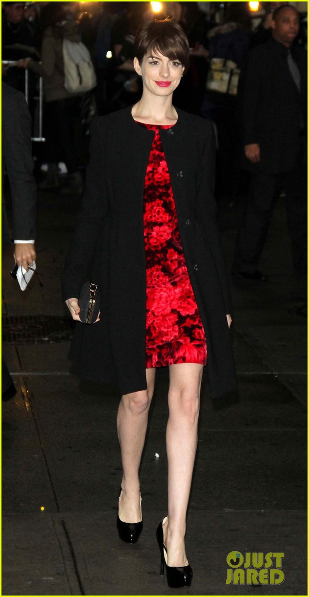 anne hathaway les miserables new york premiere 032773258