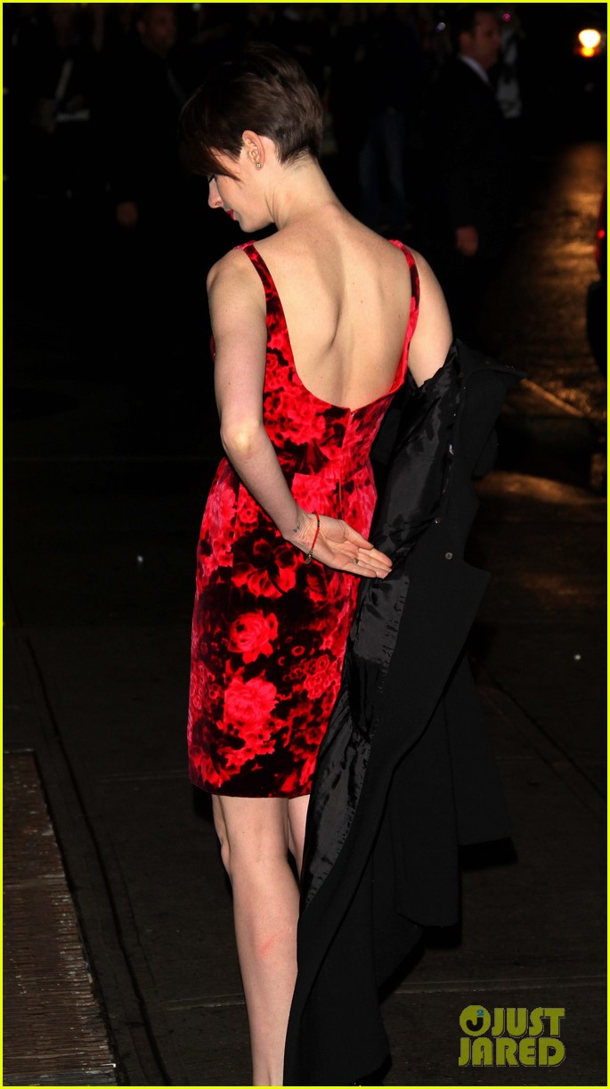anne hathaway les miserables new york premiere 192773274