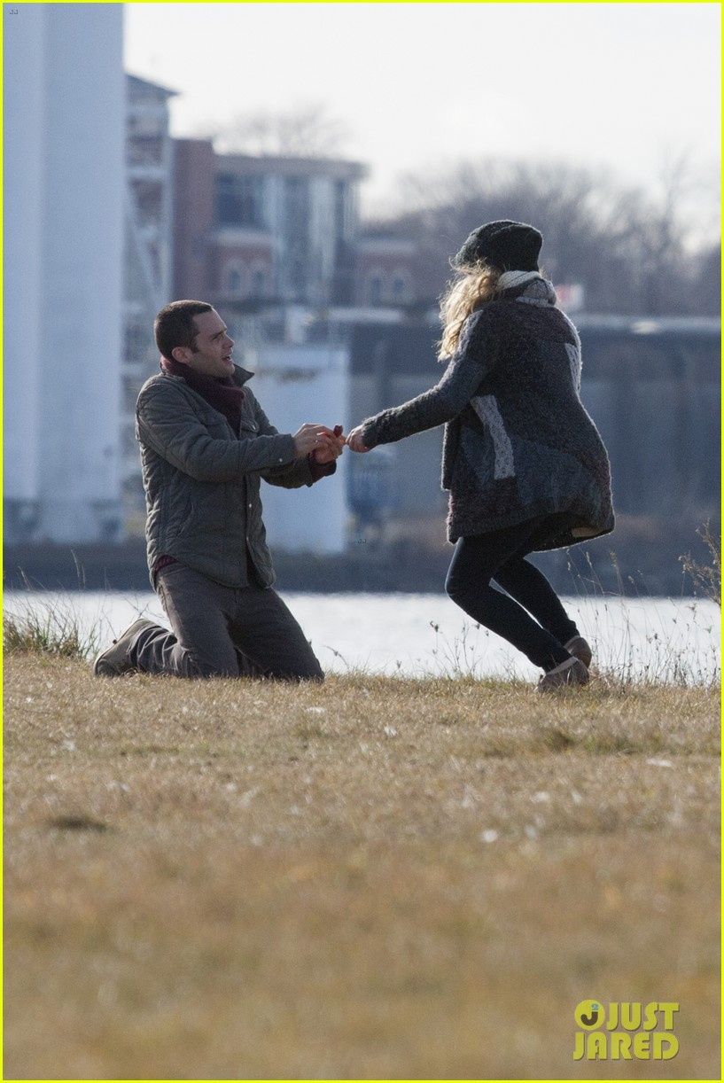 penn badgley teresa palmer parts per billion filming 012770256