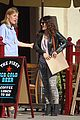 drew barrymore laughing at lunch 29