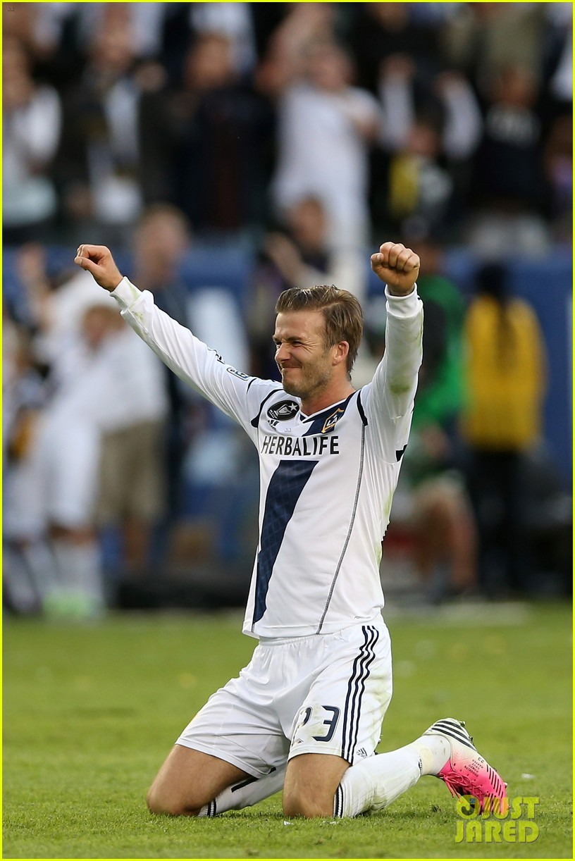 david beckham celebrates final galaxy win with his sons 18