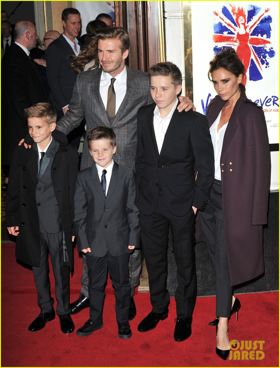victoria beckham viva forever with david the boys 13