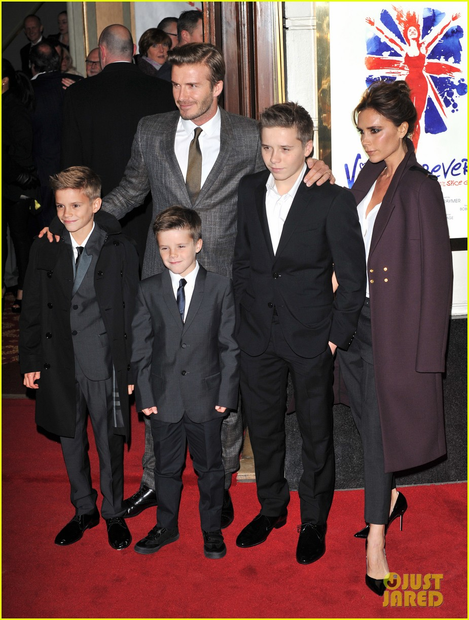 victoria beckham viva forever with david the boys 15