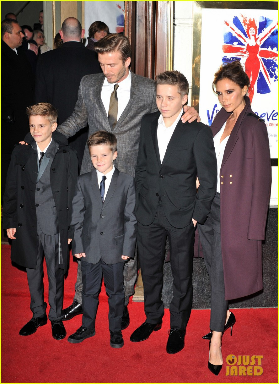 victoria beckham viva forever with david the boys 162773810