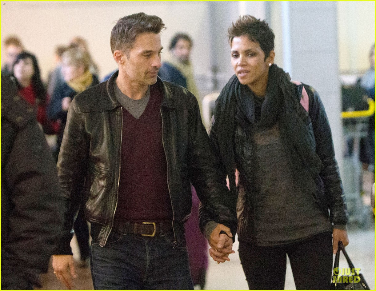 halle berry & olivier martienz paris for the holidays 092779554