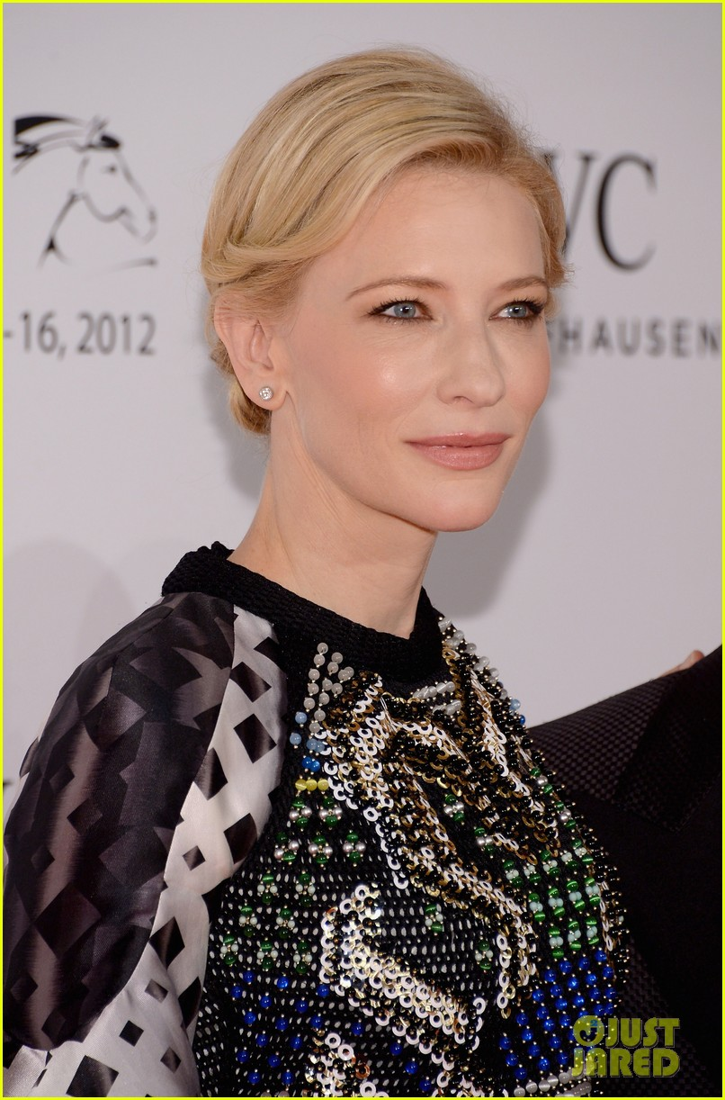 cate blanchett filmmaker award gala dinner in dubai 022773048