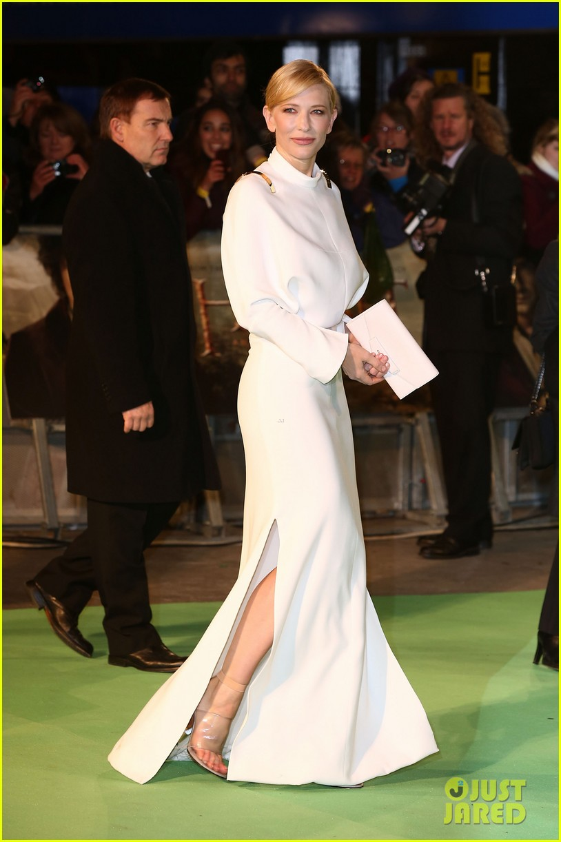 cate blanchett the hobbit london premiere 10