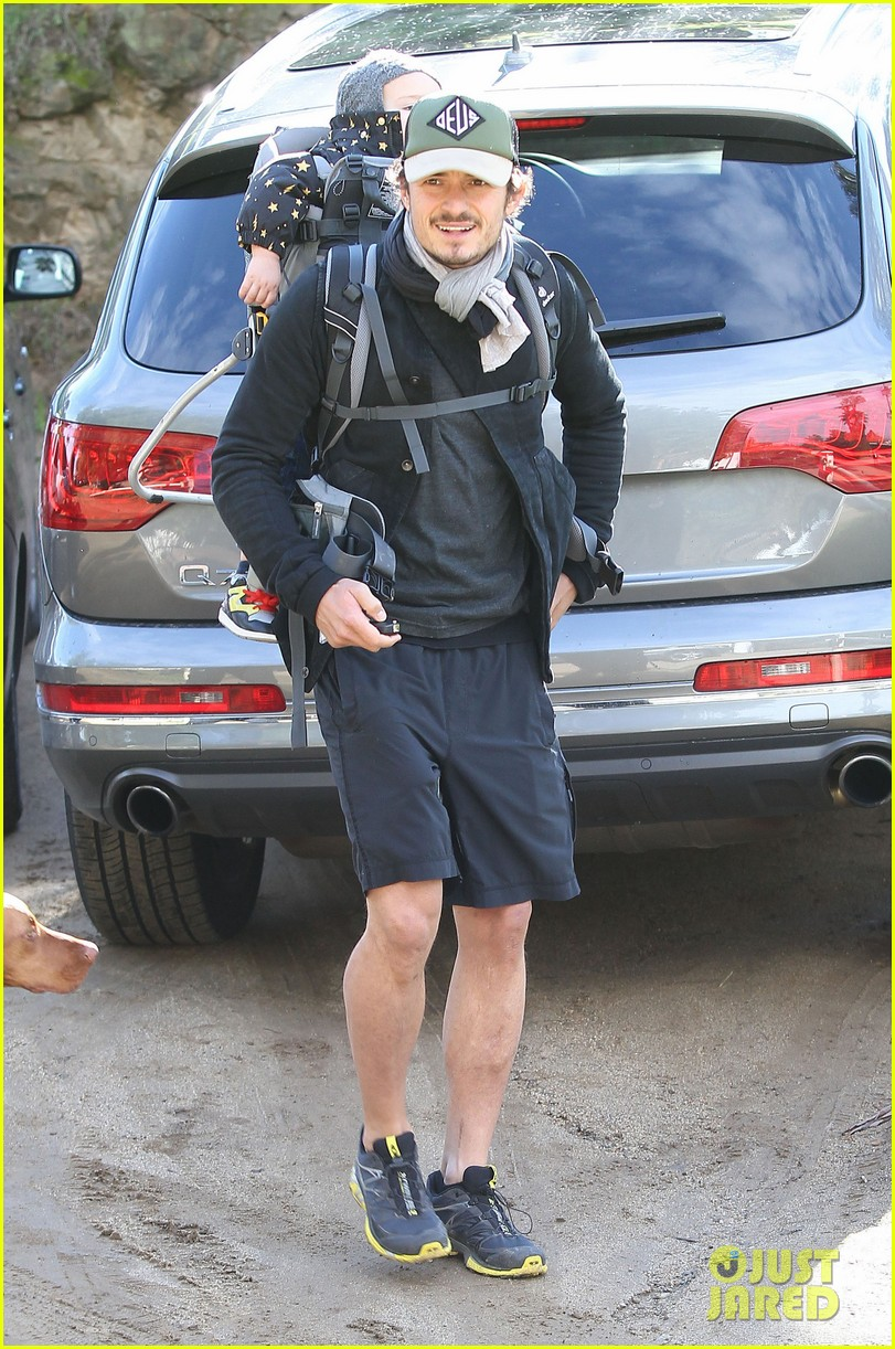 orlando bloom runyon canyon hike with flynn 232782402