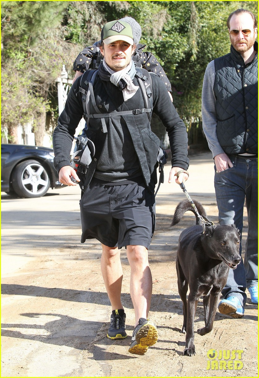 orlando bloom runyon canyon hike with flynn 262782405