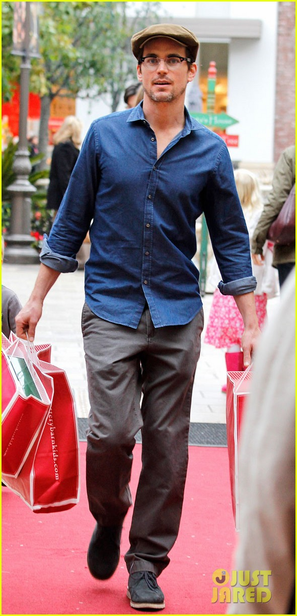 matt bomer shopping the grove 012775086