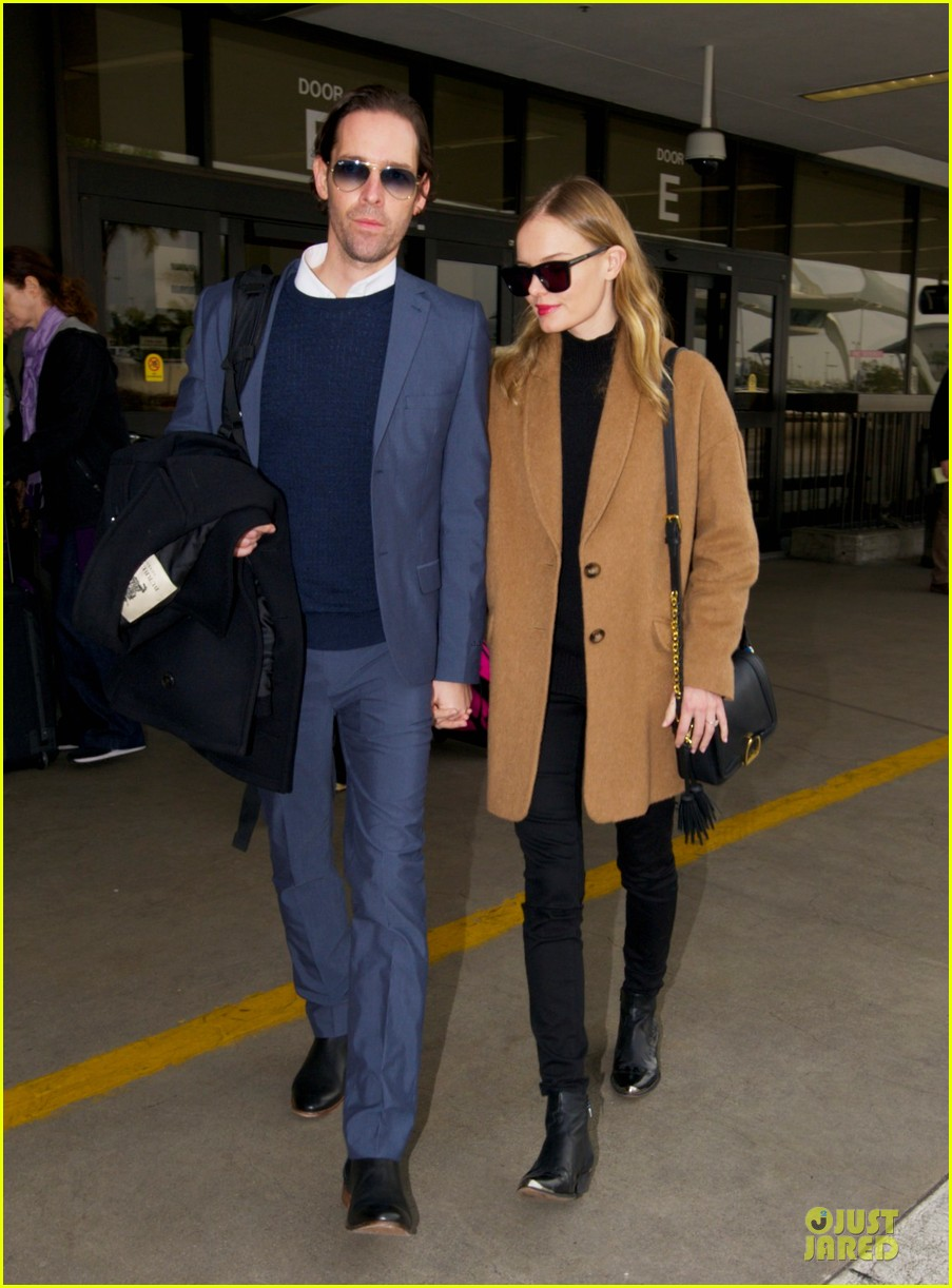 michael polish monitors topshop video with kate bosworth by his side 012769393