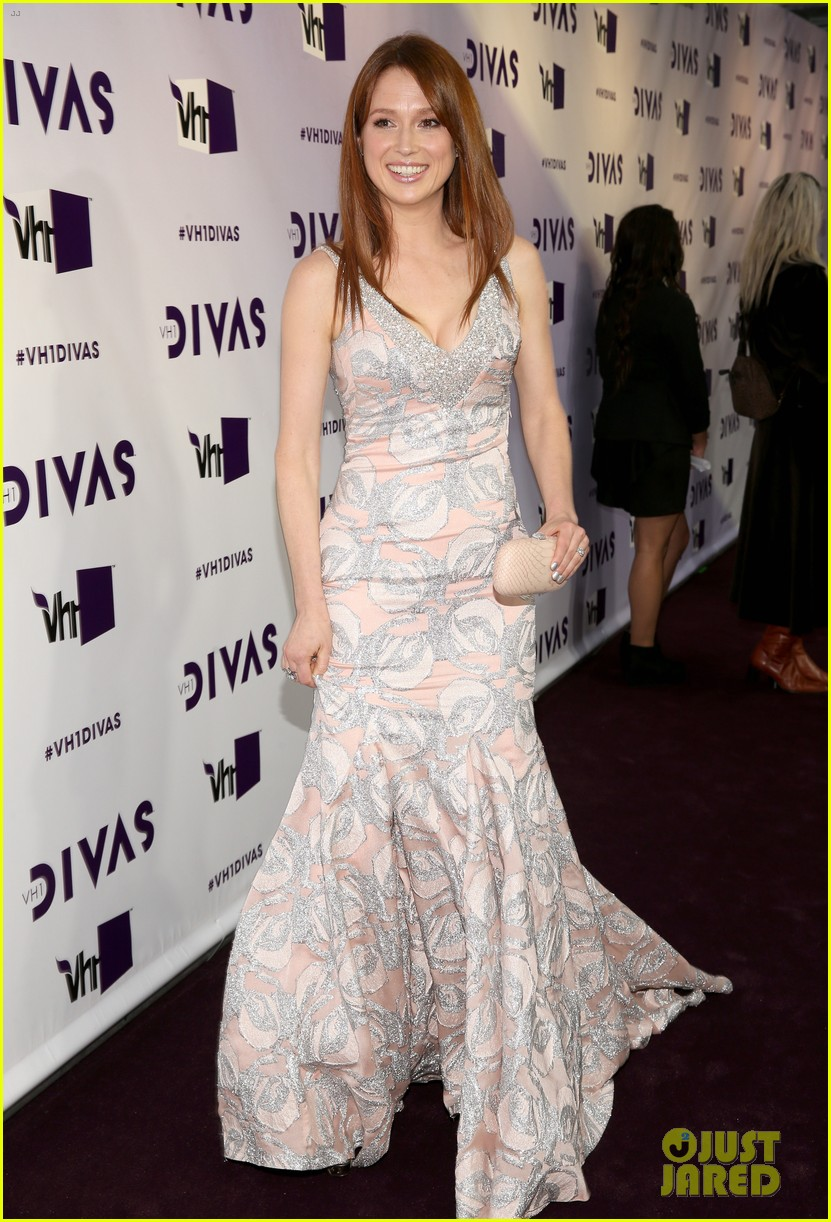 brandy ellie kemper vh1 divas 2012 red carpet 012777194