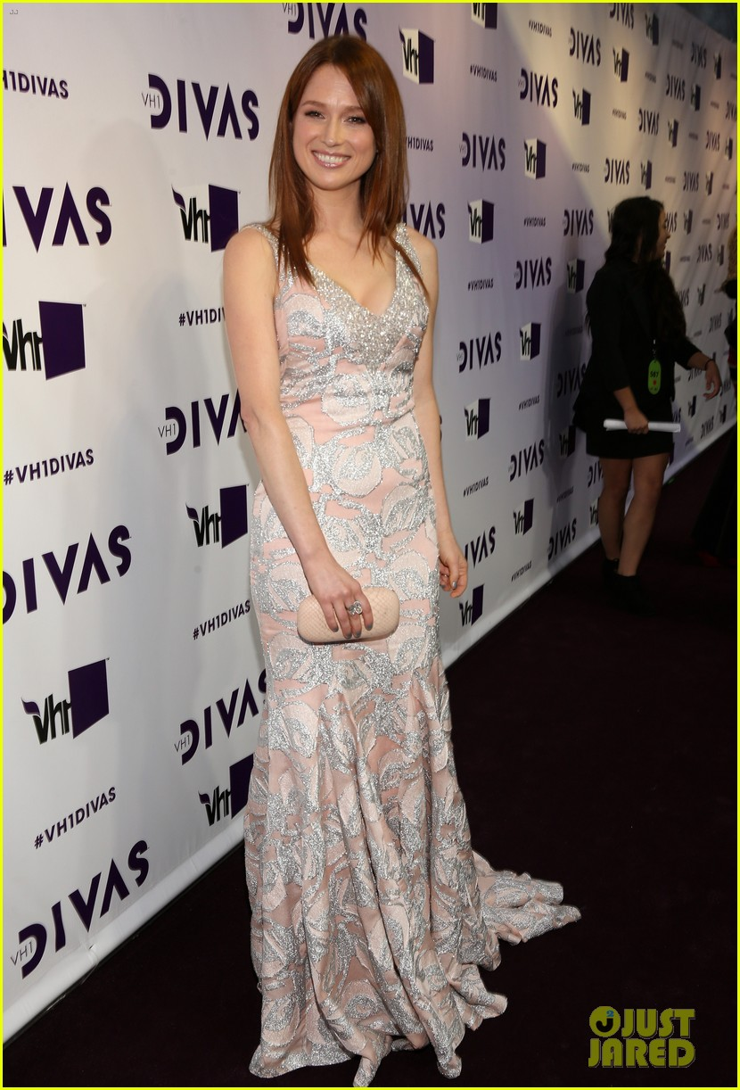brandy ellie kemper vh1 divas 2012 red carpet 122777205