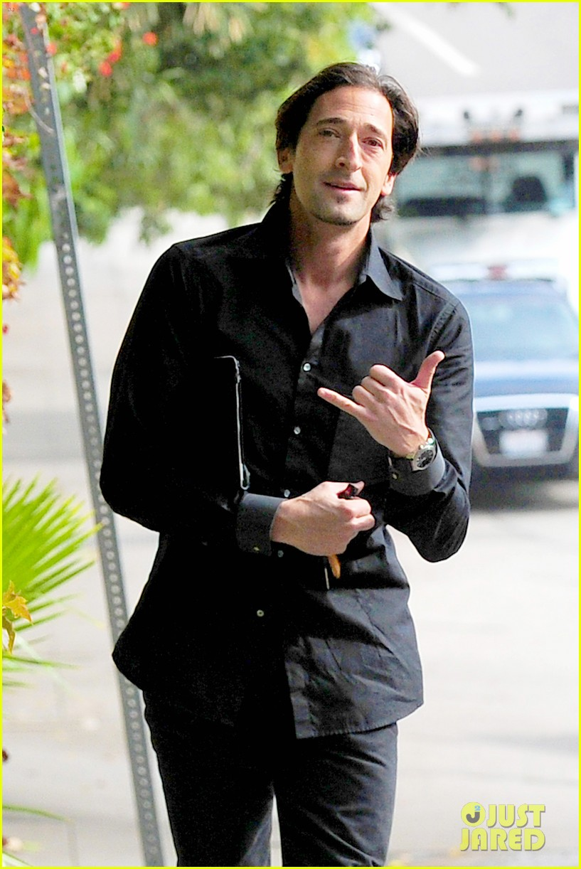 adrien brody chelsea lately appearance watch now 042769596