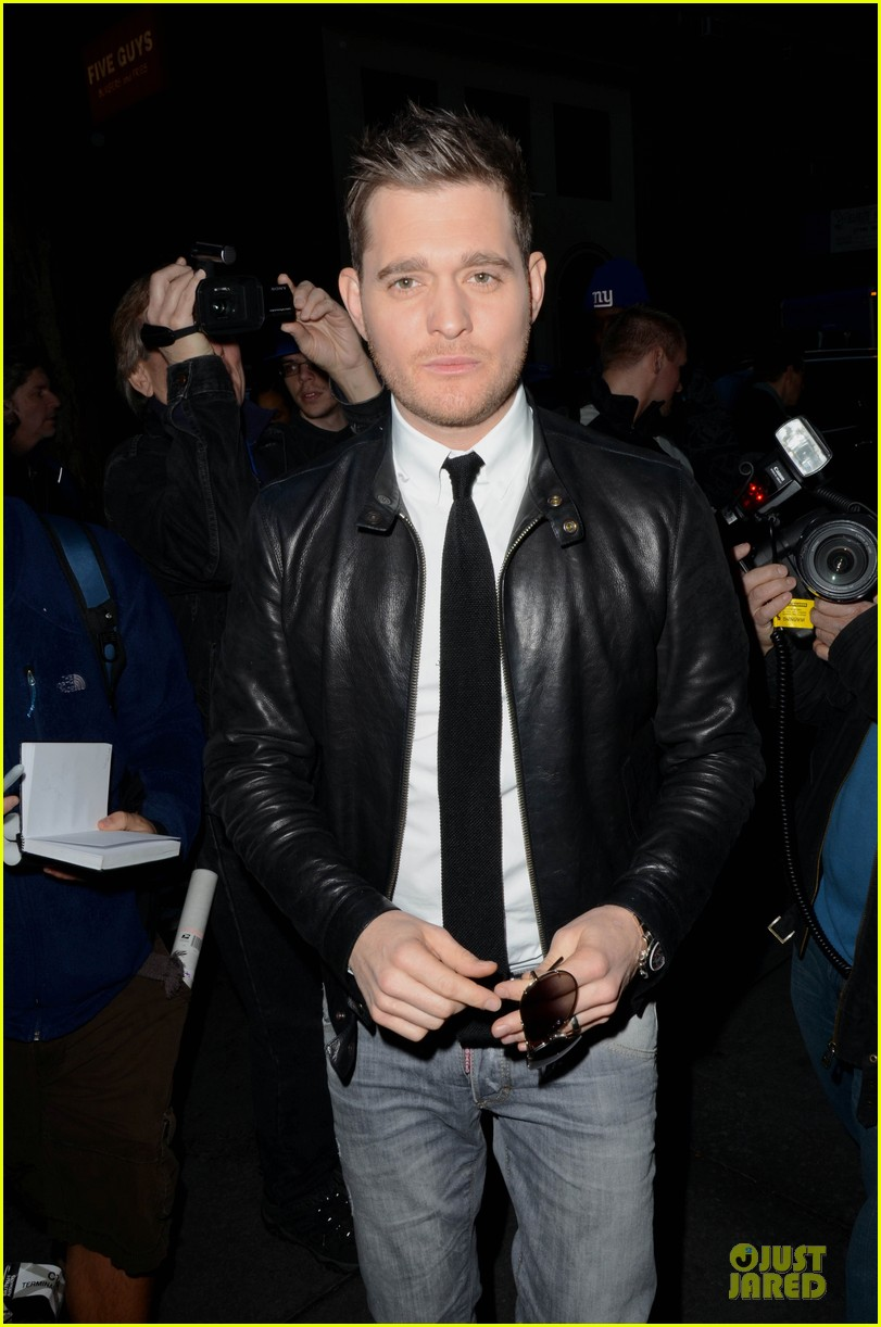 michael buble believes in santa claus 032769255