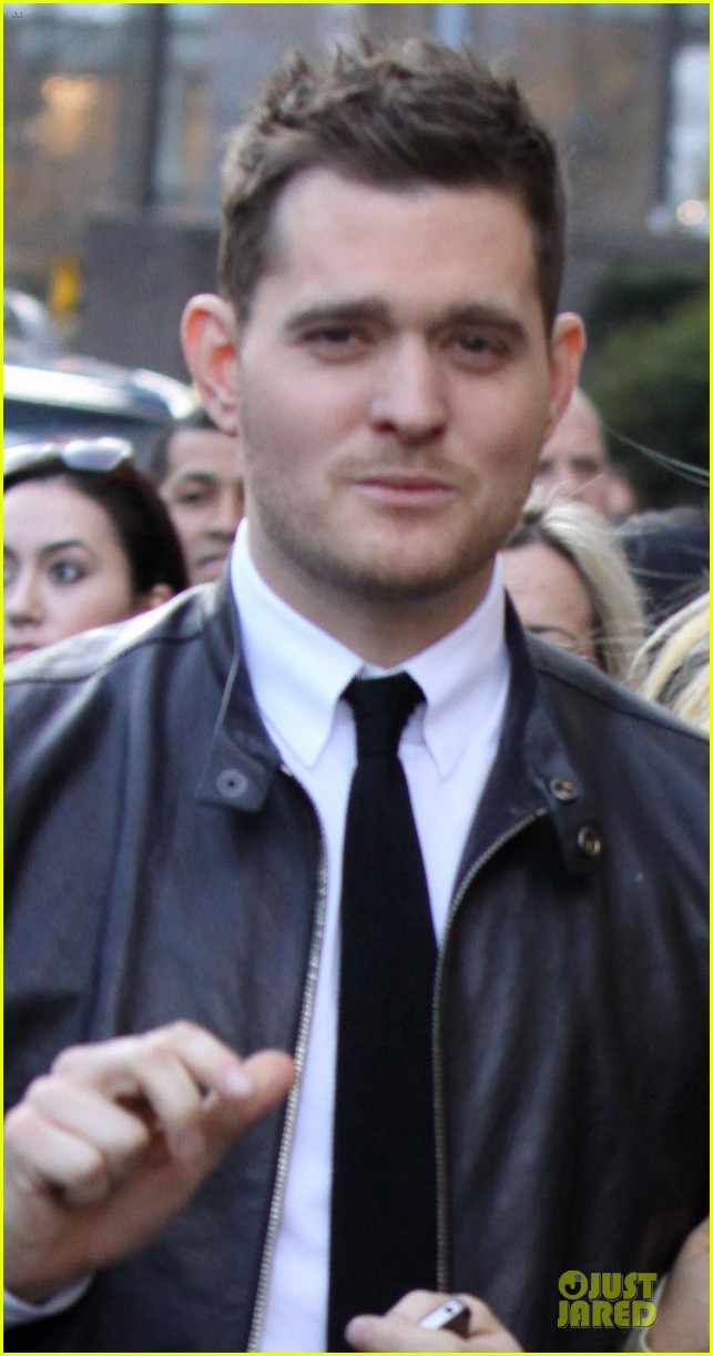 michael buble believes in santa claus 042769256