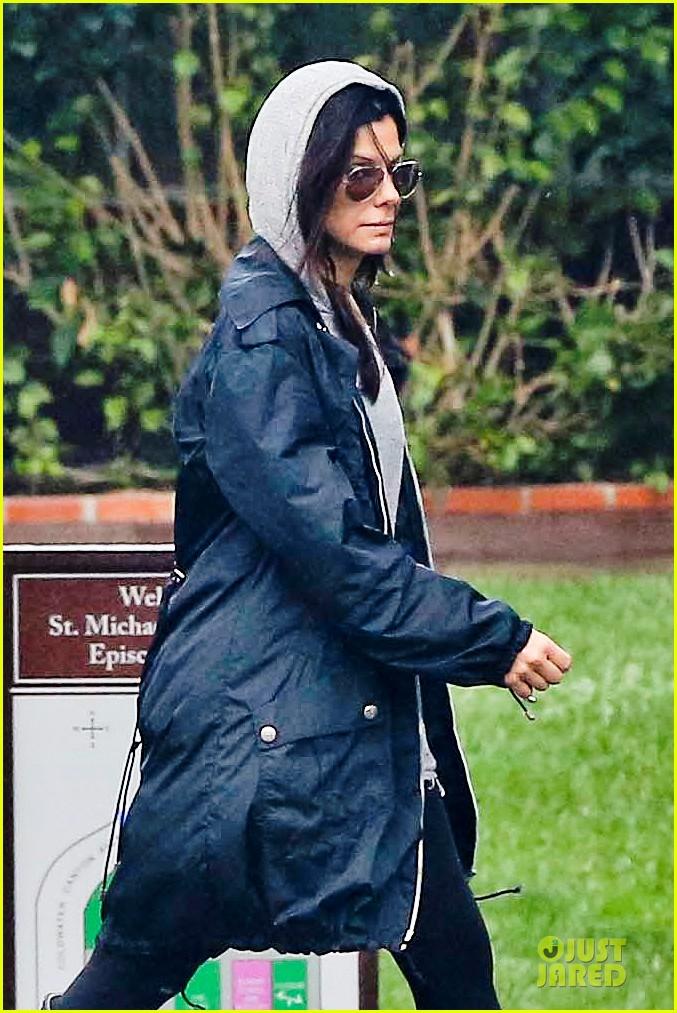 sandra bullock school drop off with rain boots 152767135