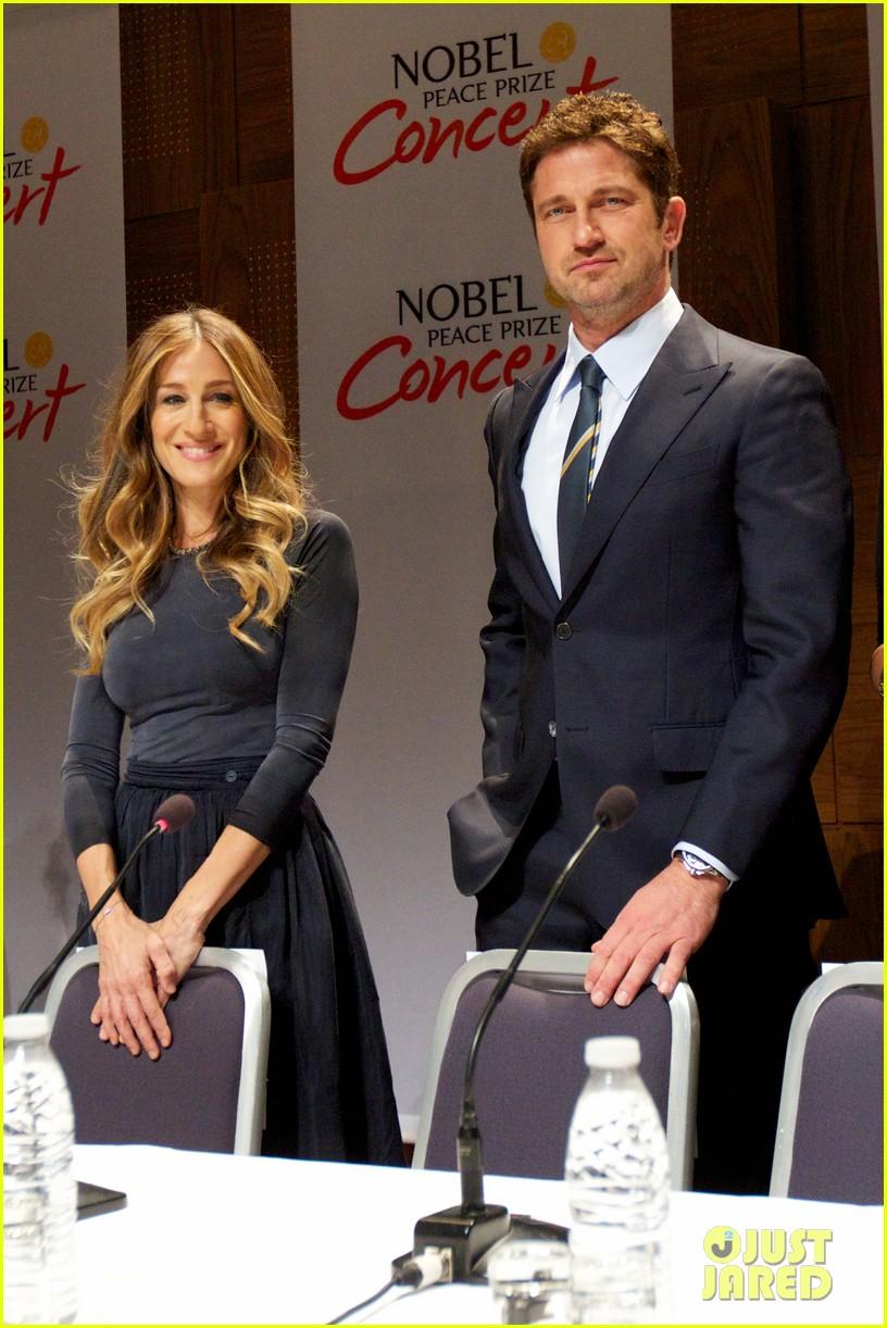 gerard butler sarah jessica parker nobel peace prize concert press conference 112773694