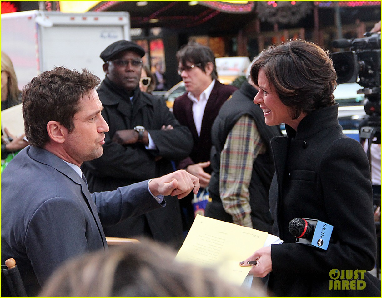 gerard butler promotes playing for keeps on gma 202769728