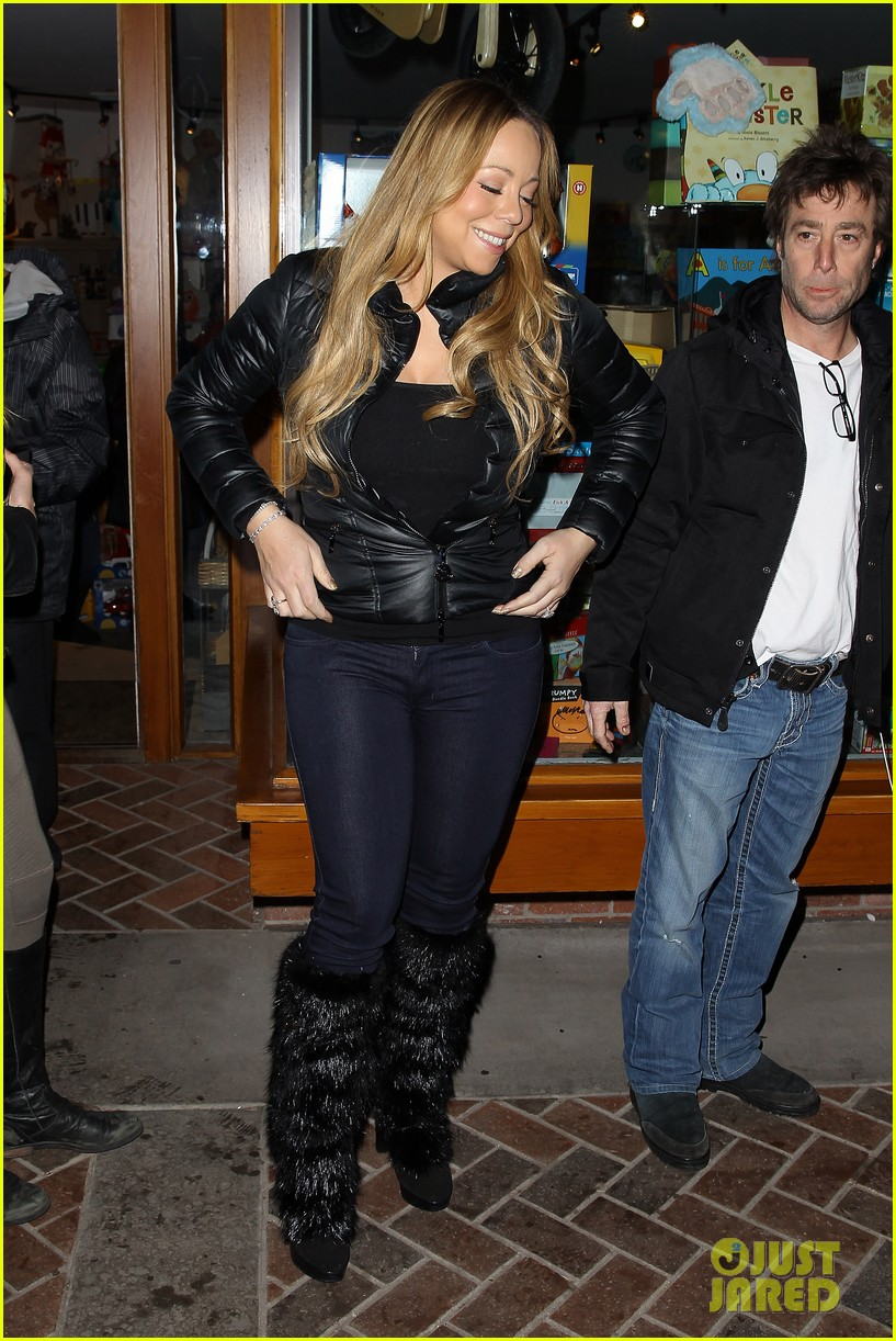 mariah carey im not letting anyone touch presents until christmas day 092780241