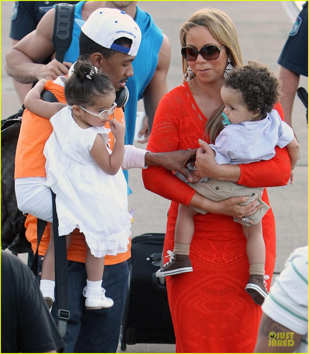mariah carey & nick cannon australia sailing with the twins 042782022