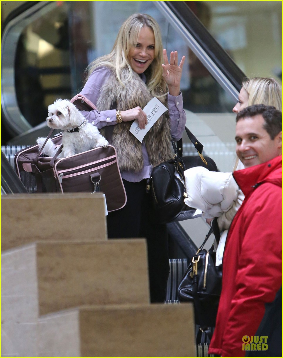 kristen chenoweth new years eve performer 182782102